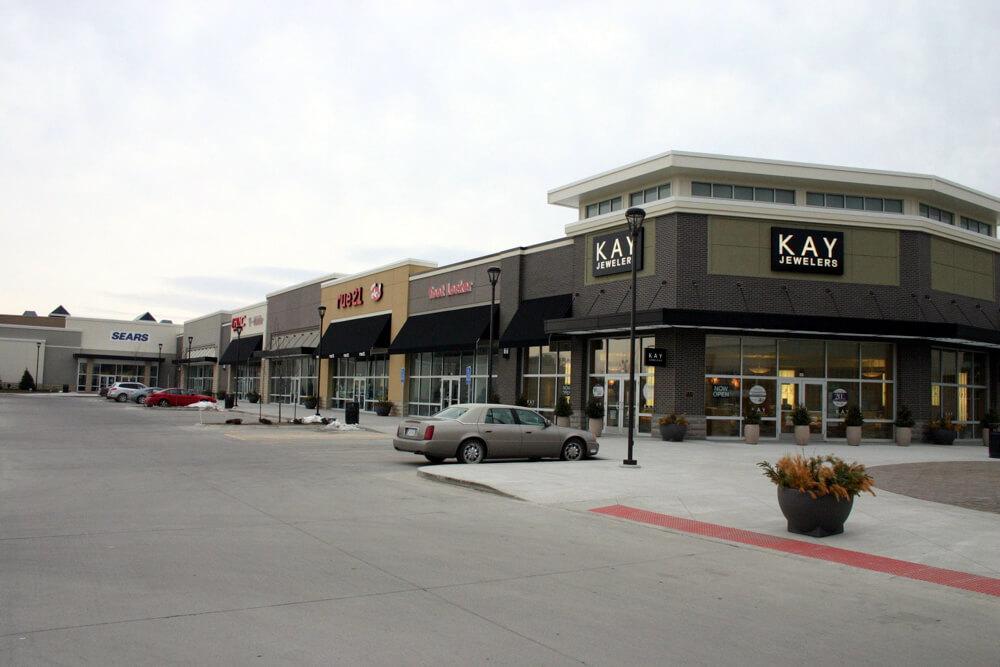 Retail 12 SouthridgeMall 03