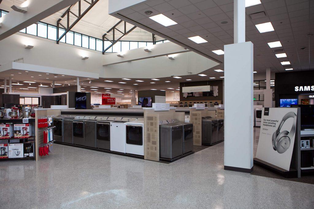 Retail 18 Nebraska Furniture Mart 011