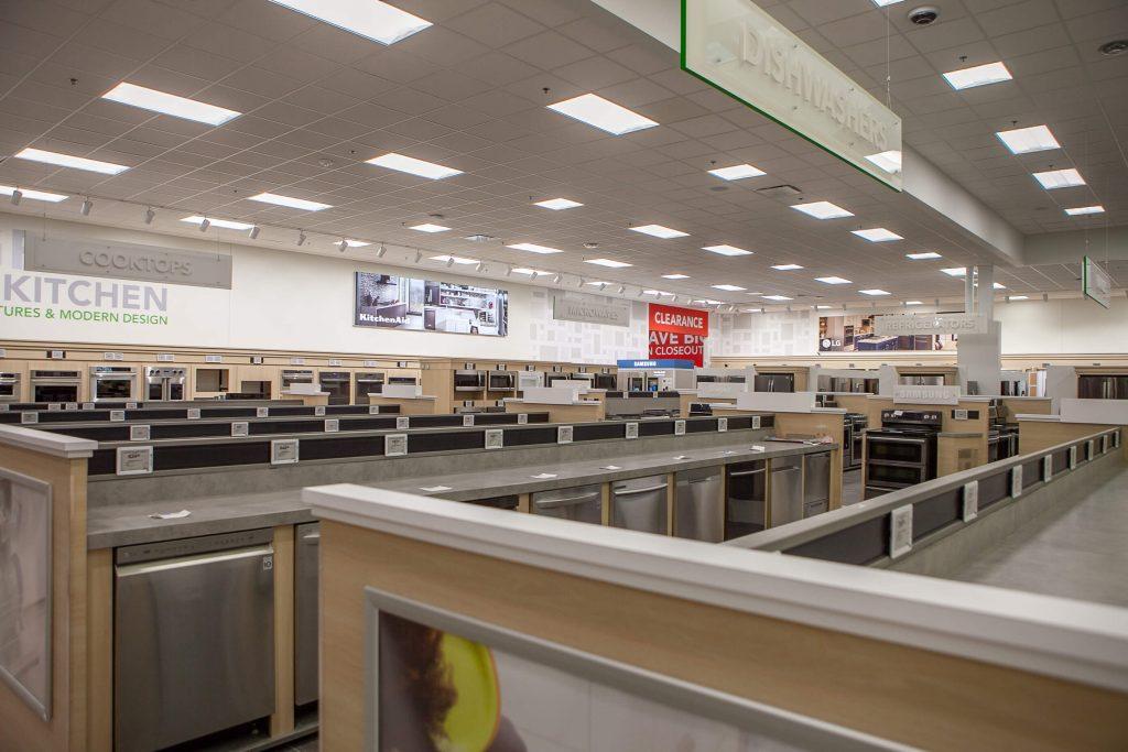 Retail 18 Nebraska Furniture Mart 018